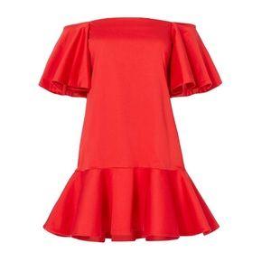 9e16984f0f1 Alexis Dresses - NWT Alexis Aliana Off the Shoulder Red Dress